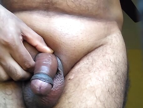 CUTE COLLEGE BOY NAKED PLAYING WITH HIS COCK AND MASTURBATING
