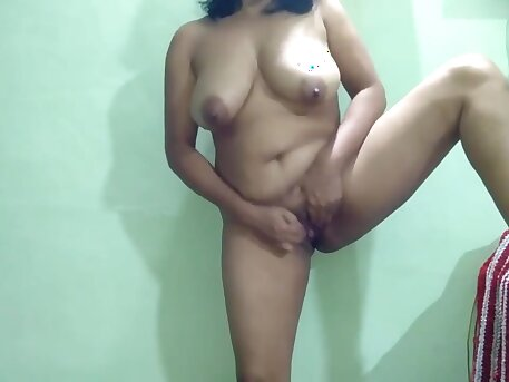 Indian Milf Mom Solo Play For S0n When He Got Promotion