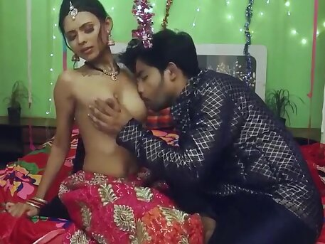 Bhabhi Has Sex, Kissing Pussy, Honeymoon