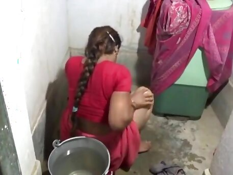 Desi Bhabhi Sucking And Fucking In Bathroom